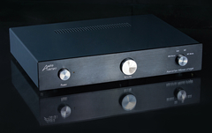Malvern Audio Research NV-08 MM/MC Phono stage.